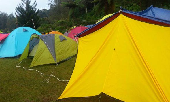 kemah camping